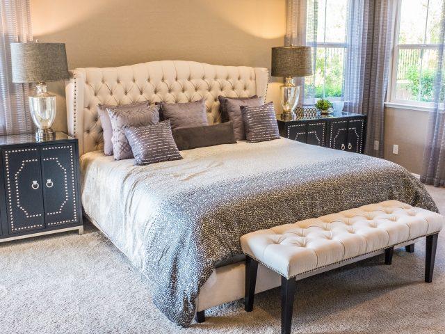 neonbrand iAftdIcgpFc unsplash 640x480 - Den bedste seng er en elevationsseng