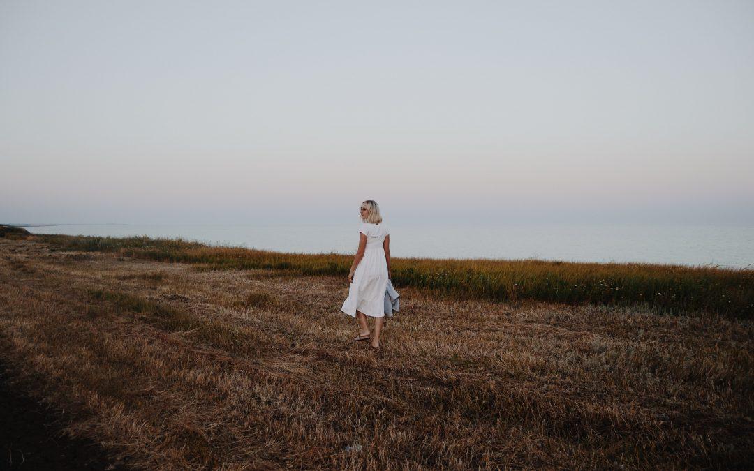 Hvide sommerkjoler til sommerens fester